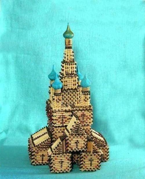 Домики, башни, храмы и церквушки из спичек.